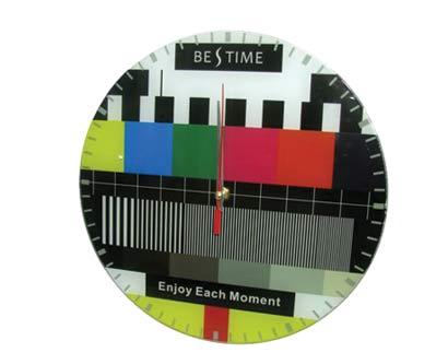 שעון קיר TV גדול