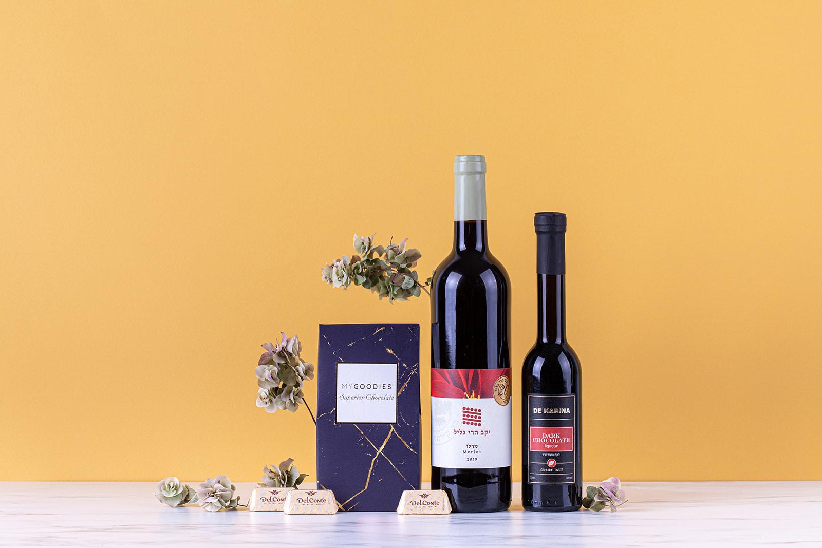 מארז יין ליקר ושוקולדים
