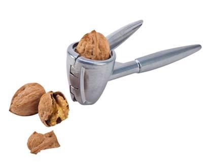 מפצח אגוזים ממתכת