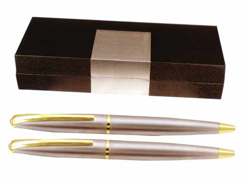 סט עטים