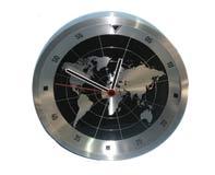 שעון קיר מתכתי מפת עולם